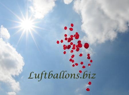 Bild. Aufsteigende Luftballons