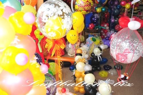 Bild. Ausstellung von Luftballons und Ballondekoration im Ladenlokal von Luftballons.biz