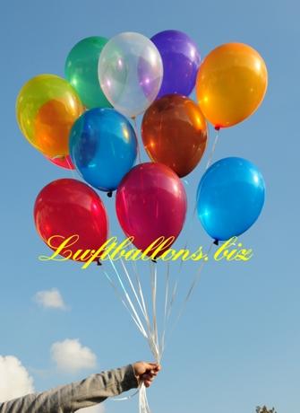 Bild. Luftballons in Kristallfarben mit Helium