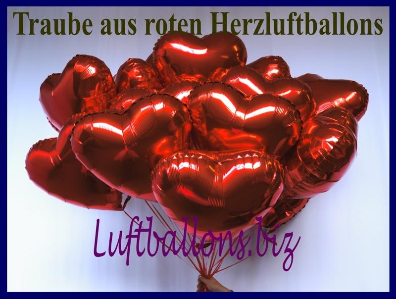 Traube aus roten Folien-Herzluftballons mit Ballongas