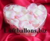 Dekoration zur Hochzeit, Tischdekoration, Herzbox mit 200 Rosenblättern in Creme-Rosé