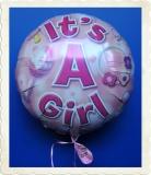 Luftballon zur Geburt eines Mädchens, It's a Girl, mit Helium aus Folie
