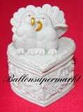 Hochzeitdeko, Tischdekoration Geschenkdose in Herzform mit Hochzeitstauben